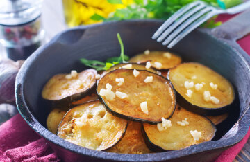 Eggplant snacks: TOP 5 delicious recipes with photos