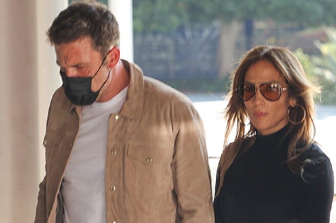 Jennifer Lopez and Ben Affleck in Los Angeles: new photos of the couple