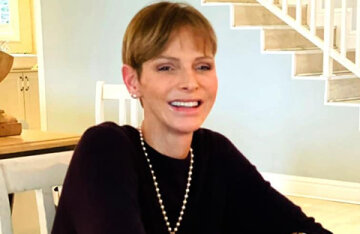 """Princess Charlene of Monaco shared a new photo after being discharged from the hospital: """"God bless"""""""
