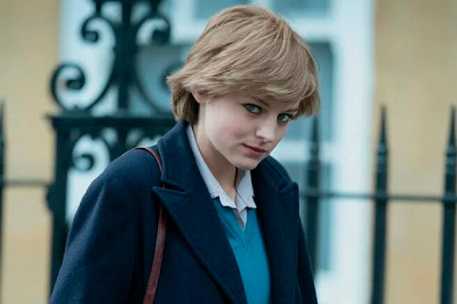 """The star of the series """"The Crown"""" Emma Corrin, who played Princess Diana, doubts her gender identity"""