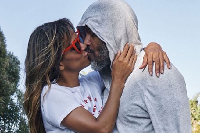 Nothing to hide: Halle Berry shared a new picture with her boyfriend