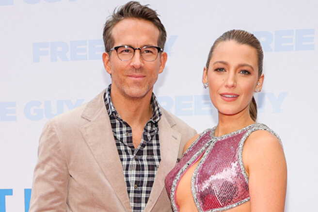 """Blake Lively and Ryan Reynolds at the premiere of the film """"The Main Character"""" in New York"""