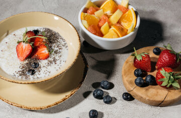 Lean breakfast: recipes for delicious fruit porridge