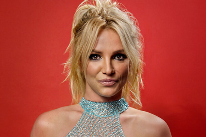 Britney Spears ' lawyer in the custody case resigned after the singer's performance in court