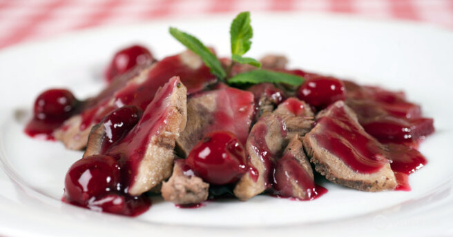 Cherry sauce: recipe with photos for meat dishes