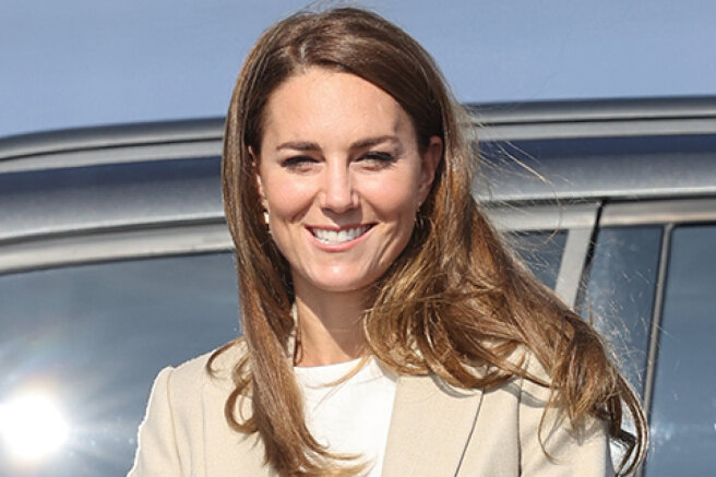 Kate Middleton returned to her royal duties after the holidays and met with the military in England