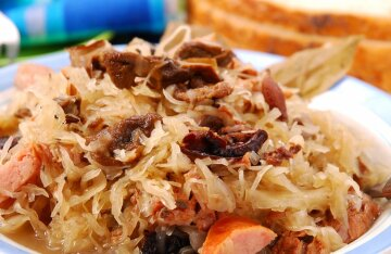 Braised cabbage in the Bavarian style: an unpostable recipe