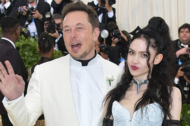 Grimes complained of harassment because of her relationship with Elon Musk