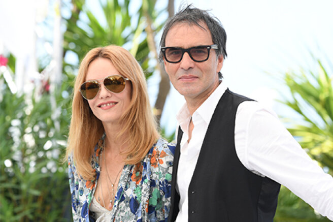 A rare exit: Vanessa Paradis with her husband Samuel Benshetri presented the film in Cannes