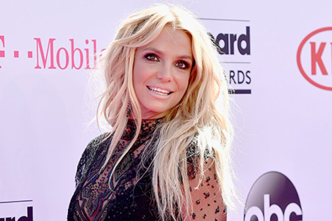 """Britney Spears 'father will step down as her guardian, but only when the """"time comes"""""""