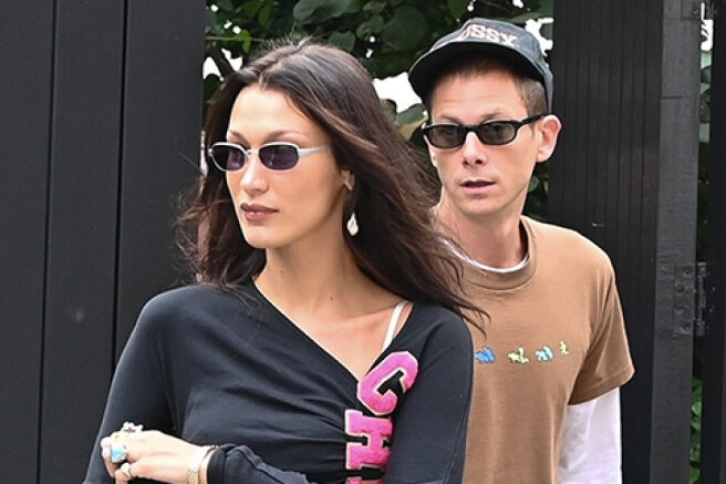 Bella Hadid on a date with boyfriend Mark Kalman in London
