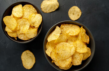 Homemade chips in the oven: delicious and healthy