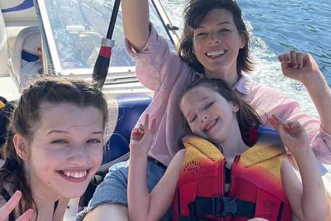 Boat trip, waterfalls and barbecue: Milla Jovovich and Paul Anderson with their daughters had a fun day in Vancouver