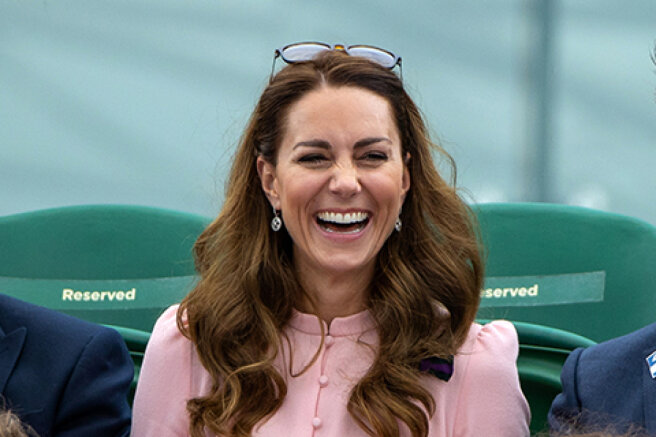 Kate Middleton attended the Wimbledon final with her father: new photos