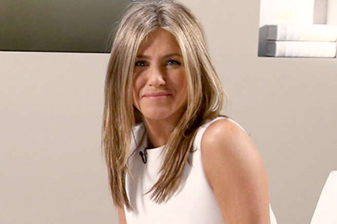 Jennifer Aniston responded to haters who criticized her decision to stop communicating with unvaccinated friends