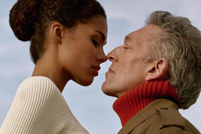 French chic of the 1980s: Tina Kunaki and Vincent Cassel starred in a new advertising campaign
