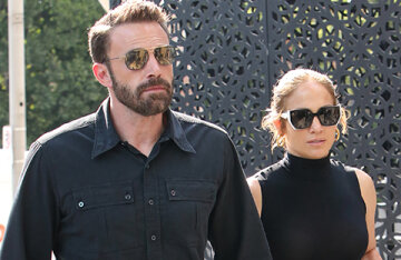 Ben Affleck brought Jennifer Lopez to the shopping center, where he was recently noticed in a jewelry store