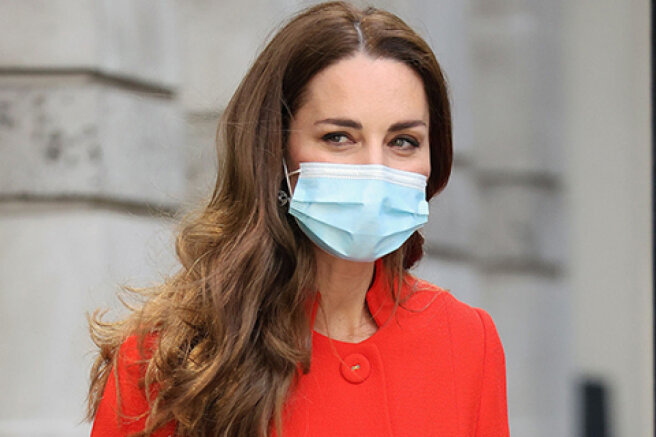 Kate Middleton visited the London Hospital and the archives of the National Portrait Gallery