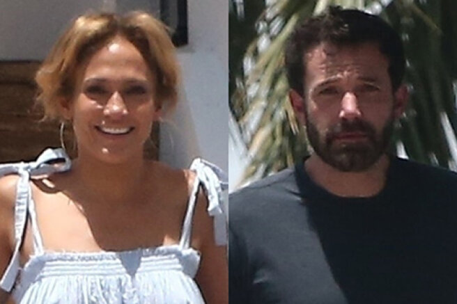 Jennifer Lopez and Ben Affleck relax together at the singer's home in Miami