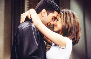 """Jennifer Aniston and David Schwimmer admitted that they were in love with each other on the set of the first season of """"Friends"""""""